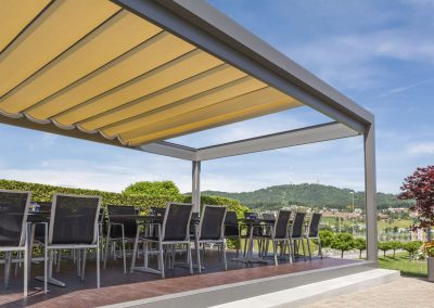 Aluminium pergola / PVC fabric sliding canopy